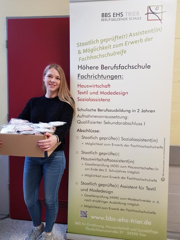 Pfote drauf-Tierhilfe e.V. Trier,Benefizaktion, Abschlussprojekt einer Schülerin, Katzenkissen